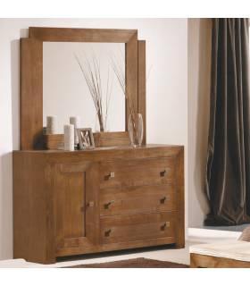 Cómoda de estilo rustico realizada en madera de roble macizo