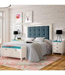 Conjunto de dormitorio de madera en estilo clásico