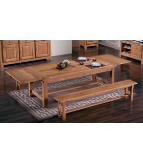 Mesa de madera extendida