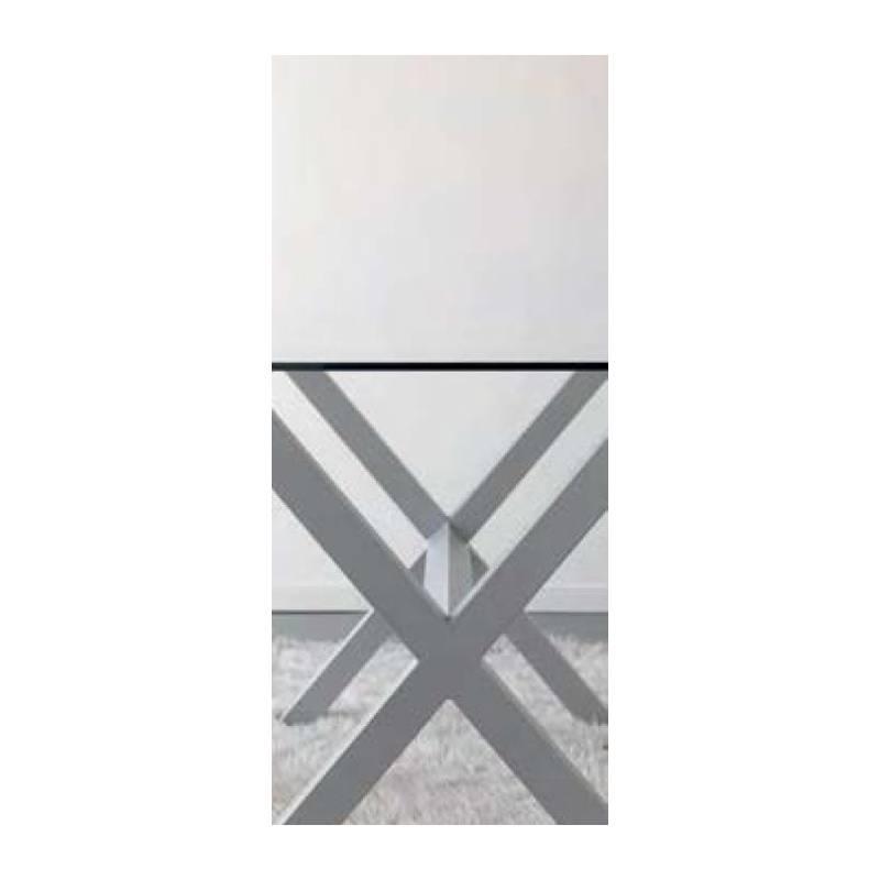 mesa comedor de hierro y cristal con diseño moderno