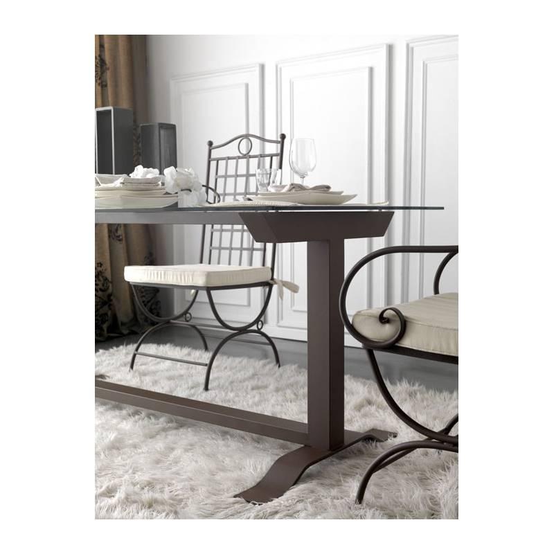 mesa de comedor estilo moderno en forja y cristal color negro