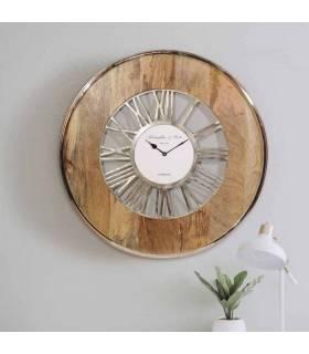reloj vintage de madera y aluminio