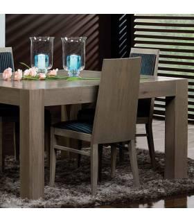 mesa de madera de roble macizo
