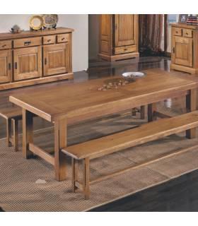 Mesa de madera de gran calidad.