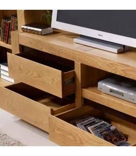 Cajones de madera de alta calidad.