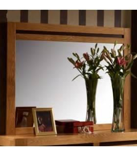 Espejo ideal para colocar en la pared de tu cómoda. Realizado en madera de alta calidad.