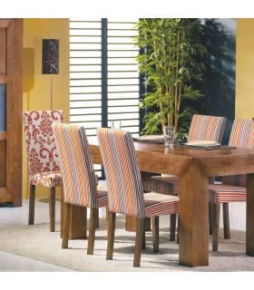 Mesa de comedor fija de madera de alta calidad.