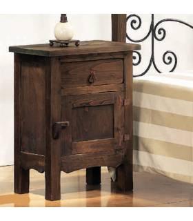 Mesitas de noche de estilo rustico realizadas en madera de roble macizo.