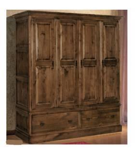 Armario de estilo rustico realizado en madera de roble macizo.