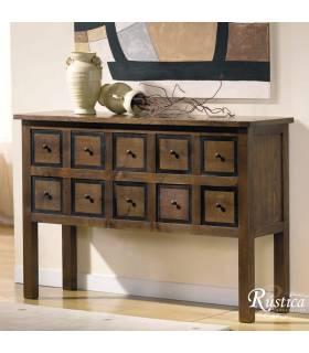 Recibidor de estilo rustico realizado en madera de alta calidad.
